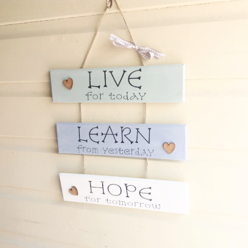 'Live For Today' Ladder Plaque